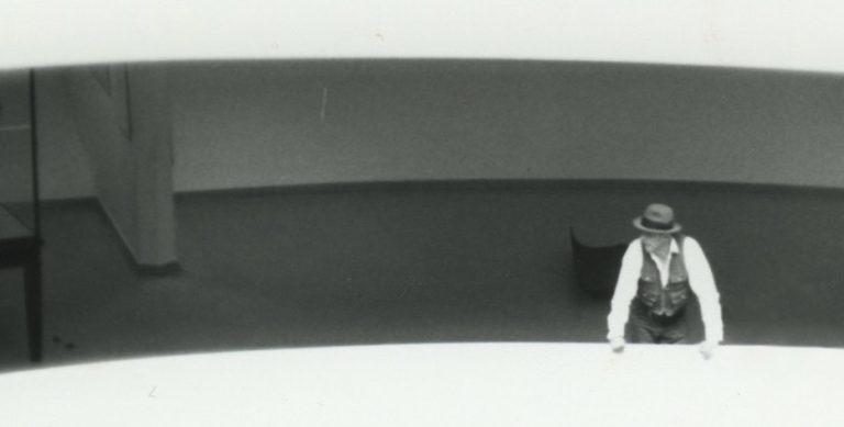 Joseph-Beuys_Guggenheim-Museum-New-York-1979-©-Courtesy-Galerie-Klüser-Photo-Verena-Klüser_Header-breit